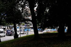 Västlänken är det största infrastrukturprojektet sedan 1800-talet. Den är planerad att skära rakt igenom och oåterkalleligt skada staden. Grönområden och byggnader kommer att drabbas i ännu okänd omfattning, skriver debattörerna. Bild: Elisabeth Alvenby